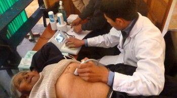 Ecógrafo portátil que se usó en Jujuy para diagnosticar una enfermedad que tenía el 10% de la población rural.