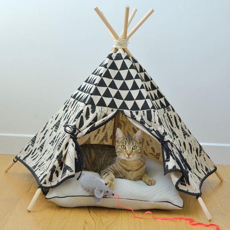 les 25 meilleures id es de la cat gorie tipi pour chat sur pinterest tente chien lit chat diy. Black Bedroom Furniture Sets. Home Design Ideas