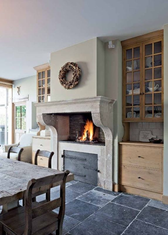 Building and Renovating with Reclaimed Materials (3)