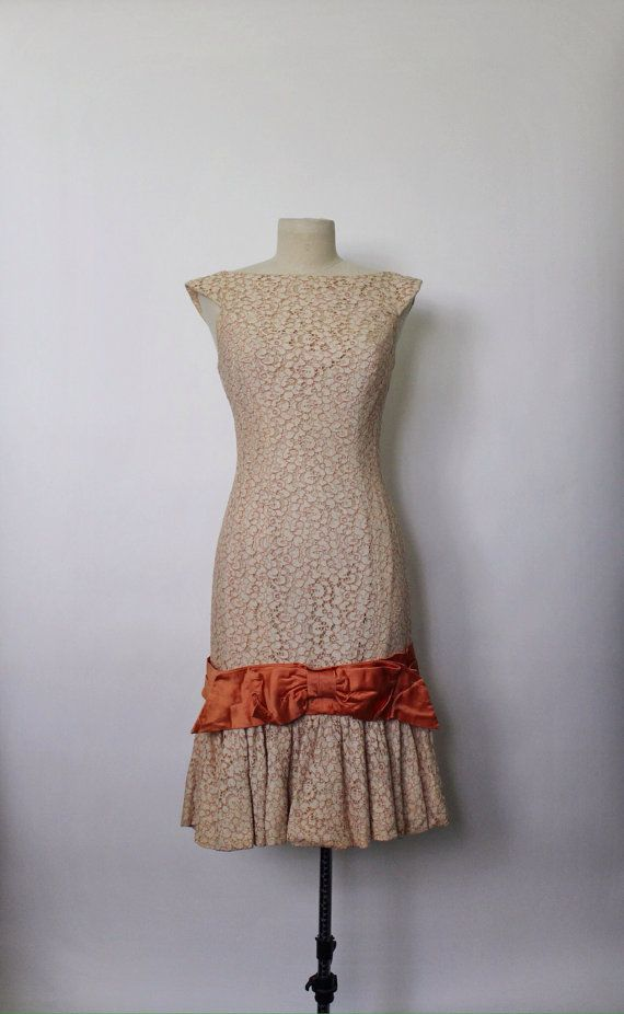 Vintage 1950s Dress 50s Wiggle Dress 50s Lace by OhMyGatoVintage