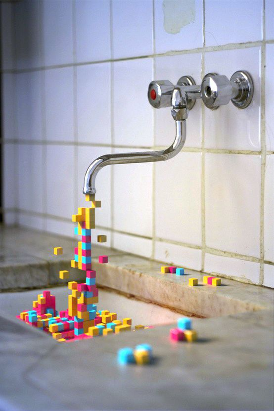 robiner et eau en pixel <----Such a cute image, love the drab contrasted against the colour and the fluidity of the blocks as if they had spilled over. #bywstudent