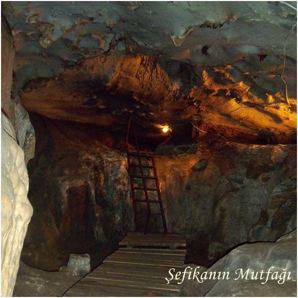Yalan Dünya Mağarası, Gazipaşa, Antalya - Turkey Yalan Dünya Mağarası Adını yalan olan bir aşk'tan almıştır Dünyanın en uzun mağaralarından biridir Toros Dağları'nın içine uzanmaktadır.Yaklaşık 5 milyon yıl yaşında olan Yalan Dünya Mağarası hala yaşayan bir mağara olup oluşumu devam etmektedir #Gazipaşa #Antalya #Turkey #objektifimden #gününkaresi #seyahat #travel