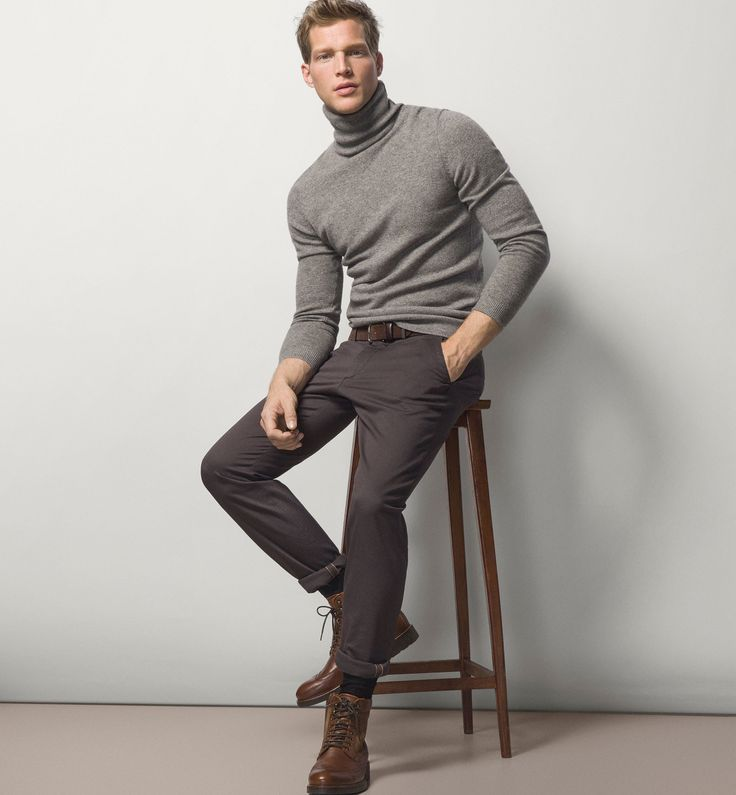 CASUAL-FIT DIAMOND STRUCTURE CHINOS - MASSIMO DUTTI -