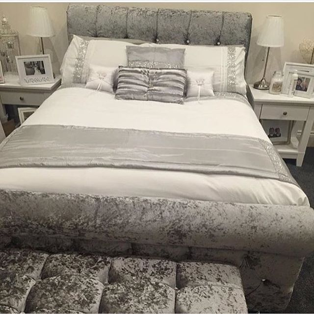 💎⭐️💎⭐️💎⭐️💎⭐️💎⭐️ Our Best Seller 😍😍😍 Crushed Velvet Sleigh Bed With High / Low Headboard 😍😍 Double.......... £299 // £349 Kingsize ........ £399 // £449 PRICES SHOWING NORMAL / HIGH HEADBOARD 😍😍 #bestseller#sleighbed#crushedvelvet