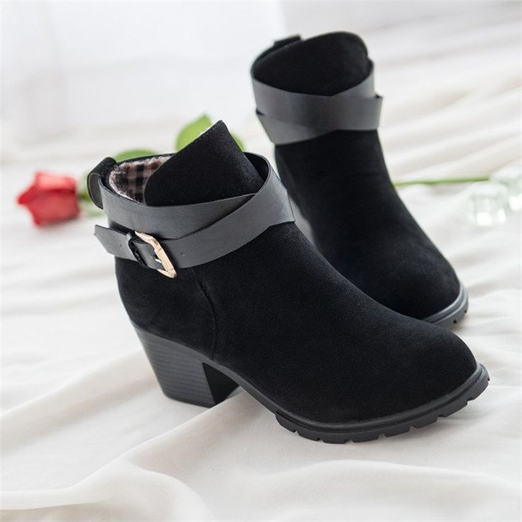 Platform Height: 0-3cm With Platforms: Yes Closure Type: Slip-On Boot Height: Ankle Toe Shape: Round Toe is_handmade: No Insole Material: Rubber Upper Material: Flock Decorations: Buckle Heel Height: