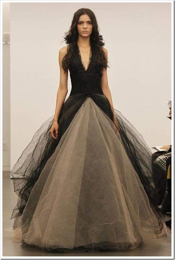 1000 images about gothic wedding on pinterest gothic for Vintage gothic wedding dresses