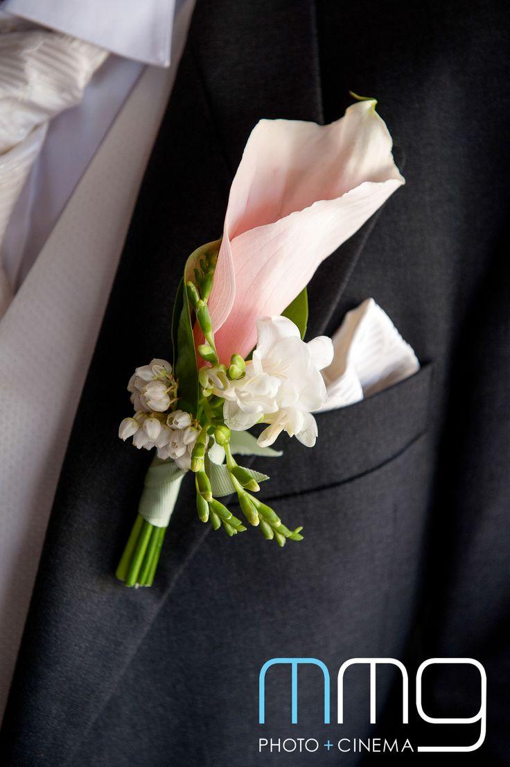 marshmellow arum lilly, freesia and pieris www.jademcintoshflowers.com.au www.mmgphotography.com.au