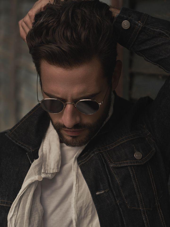 Piotr Czaykowski by Mateusz Tyszkiewicz  #fashion #man #photography #portrait #editorial #maneditorial #sunglasses #jeans #face #polish #poland