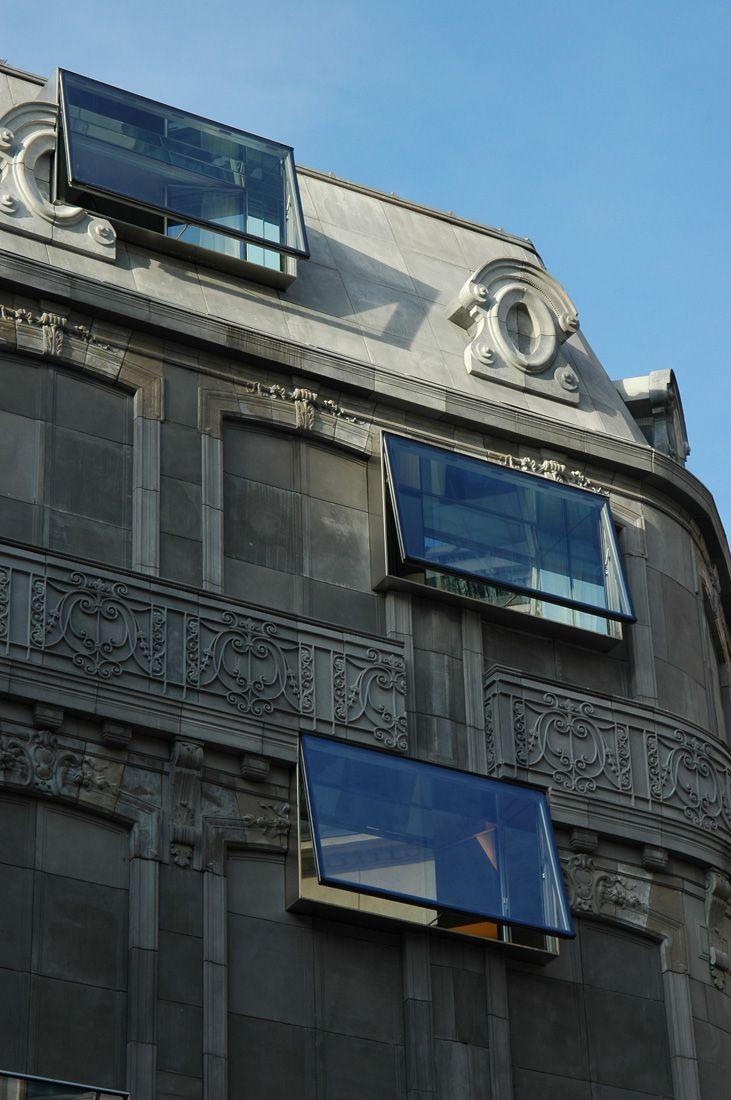 Punctured facade - cast conrete Haussmann style - Hotel Fouquet Barrière - Edouard François