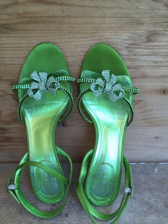 scarpe vintage con tacco  scarpe donna sandali di MonicaAntique