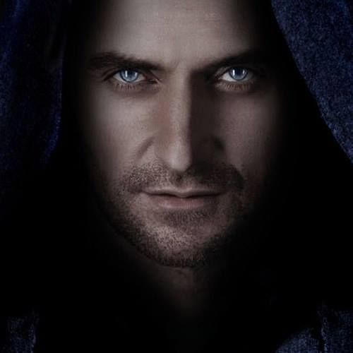 Well, if this picture wasn't freakin perfect for Matthew... -  Richard Armitage