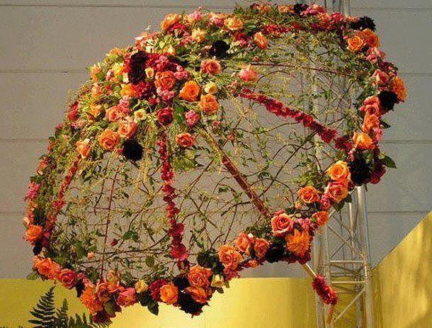 Декоративные зонтики с цветами