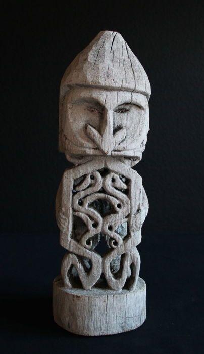 Klassieke Korwar (Biak) sculptuur - Geelvinkbaaitalen Bay - West-Papoea