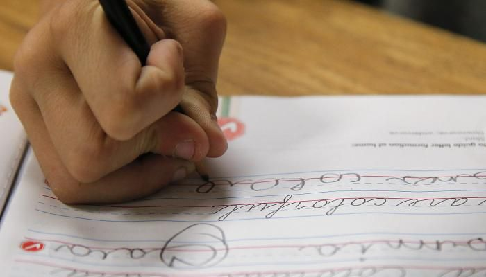 Learning cursive writing, especially in grades 4-6, has a direct positive effect on cognitive growth and also helps children with disabilities.