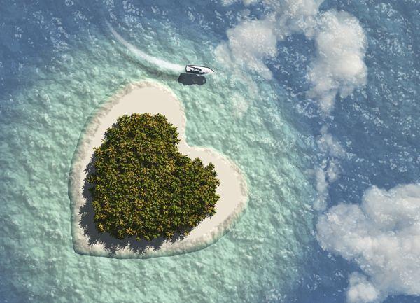 Isole a forma di cuore per una luna di miele super romantica!