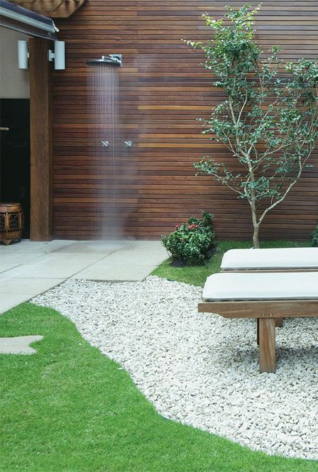 25 melhores ideias sobre chuveiros externos no pinterest chuveiro de jardim chuveiro da - Duchas para piscinas exterior ...