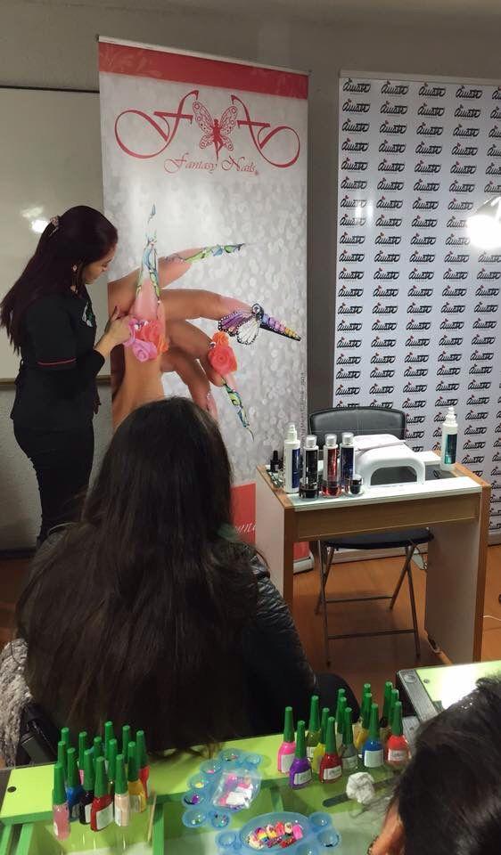 Curso de diseño a mano alzada en #ViñadelMar.