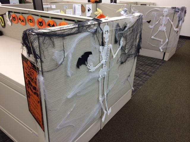 best 25 halloween office ideas on pinterest diy zombie party decorations halloween office. Black Bedroom Furniture Sets. Home Design Ideas