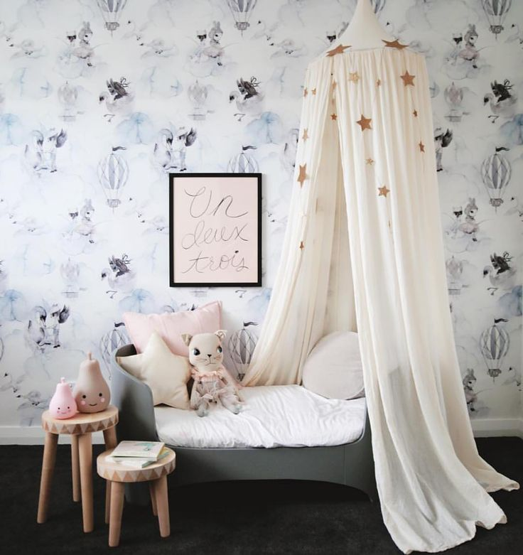 The divine canopy in natural @numero74_official in the home of @thislittlelove_au captured by @thislittlestudio_au | find them in stock now at leoandbella.com.au #numero74 #mrsmighetto #leander #homelycreatures #kidsinterior #leoandbella