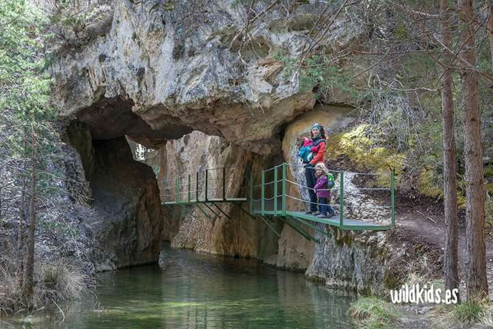 Albarracín y el Paisaje Protegido de los Pinares de Rodeno, en #Teruel. ¡Para repetir! Os lo contamos todo muy pronto en www.wildkids.es