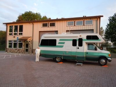 Lazy Daze 24-foot - Free RV classifieds, used rvs, rv classes, motorhomes, travel trailers, 5th wheel, rvs for sale