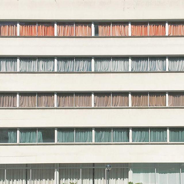 Strips #rsa_minimal #minimalism #awesome_minimal #minimalmood #minimalexperience #architecture #colors #vsco