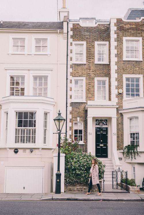 Walking the neighborhoods of London