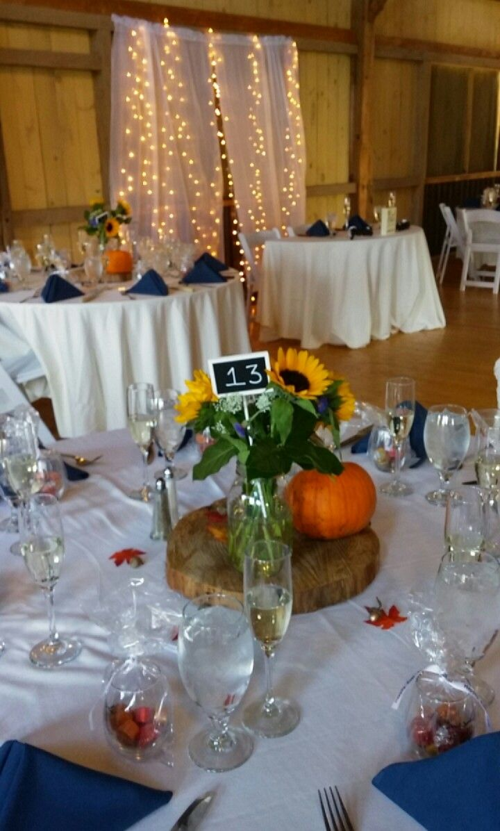 Ah, we love fall weddings!