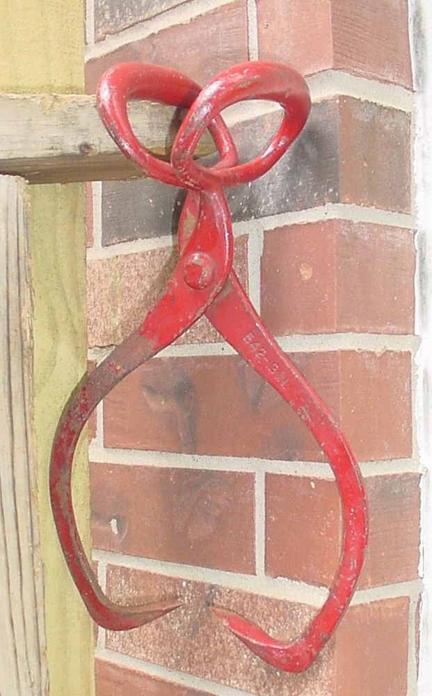 Primitive Antique Tool RED METAL ICE BLOCK TONGS Vintage Rustic Farm House Kitchen Re Purpose for use as a paper Towel Holder or light fixture holder. Man Cave decor, too! #NaivePrimitive #Gifford