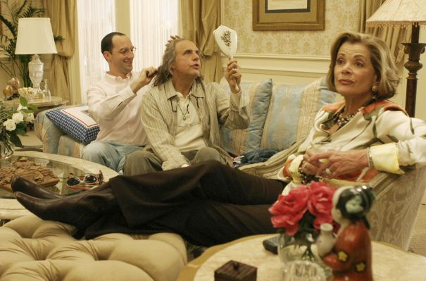 'Arrested Development' Season 5: Tony Hale & Jessica Walter Share A Buster-Lucille Moment On Set
