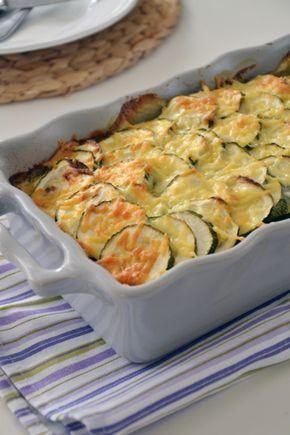 Lekkere ovenschotel met courgette, tomaat en gehakt.