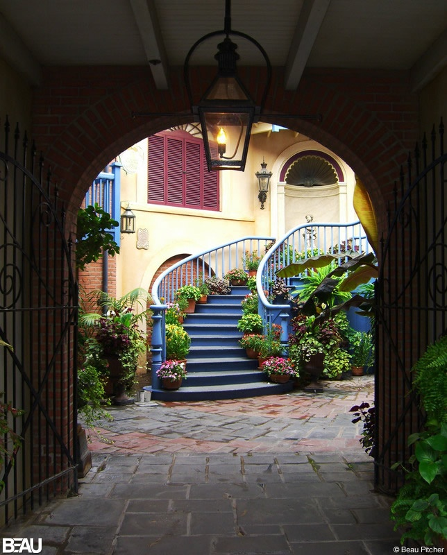 NEW ORLEANS SQUARE, USA