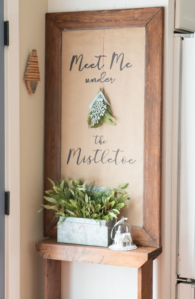 Kraft paper and a sharpie - on top of a chalkboard. Love this!