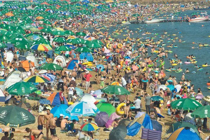 http://republikapodrozy.pl/najbardziej-zatloczone-plaze-na-swiecie/