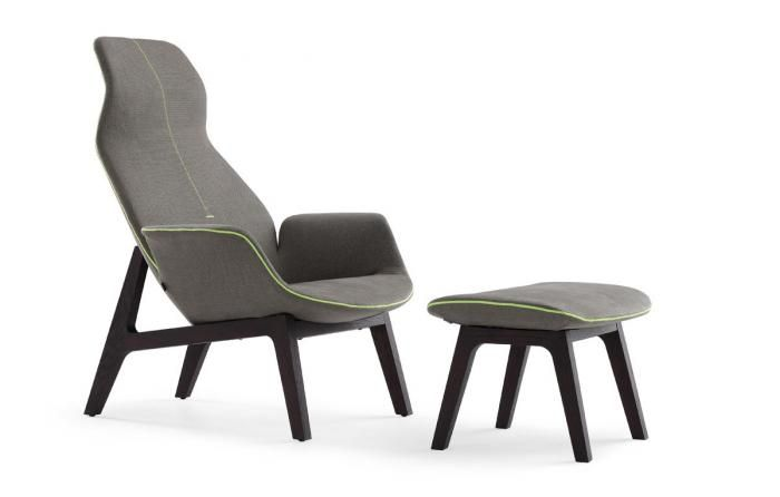 poliform chair -wall