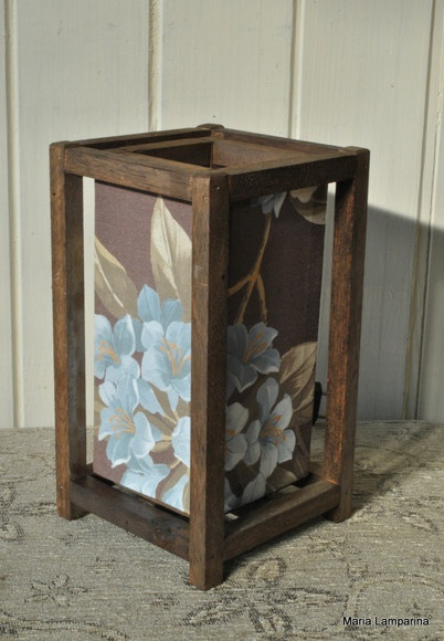 Produto confeccionado com madeira de reflorestamento e tecido