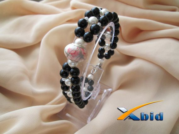 Black and white bracelet. Beaded with pearls and Murano by xabid, $14.99