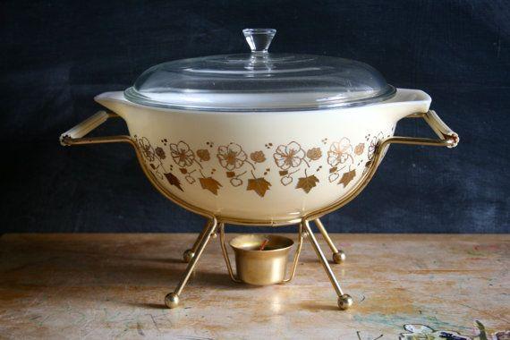 I LOOOVE IT! Vintage Pyrex JAJ bowl RARE Gold on Cream Wild by BexSellsPyrex, £150.00