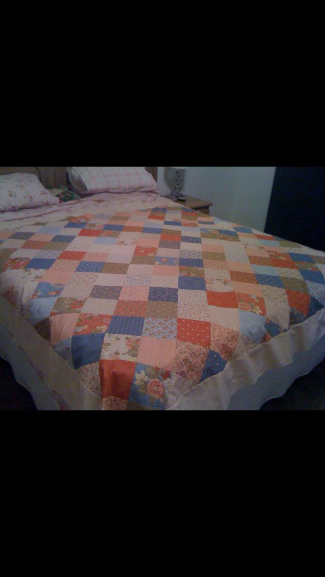 Quilt I was making for my Mum's 80 year old Auntie in Pordenone Italy.  Moda charm squares were used.
