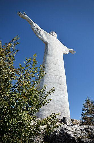 Viaggio in Basilicata: Costa di Maratea, Maratea, Cristo Redentore