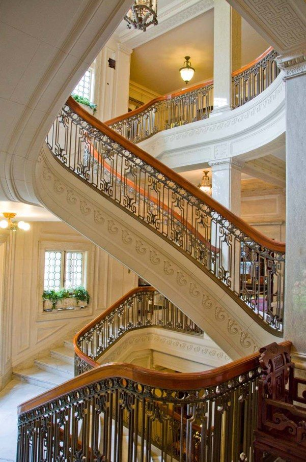 Pittock mansion grand staircase portland oregon favorite places pinterest beautiful for Interior car detailing portland or