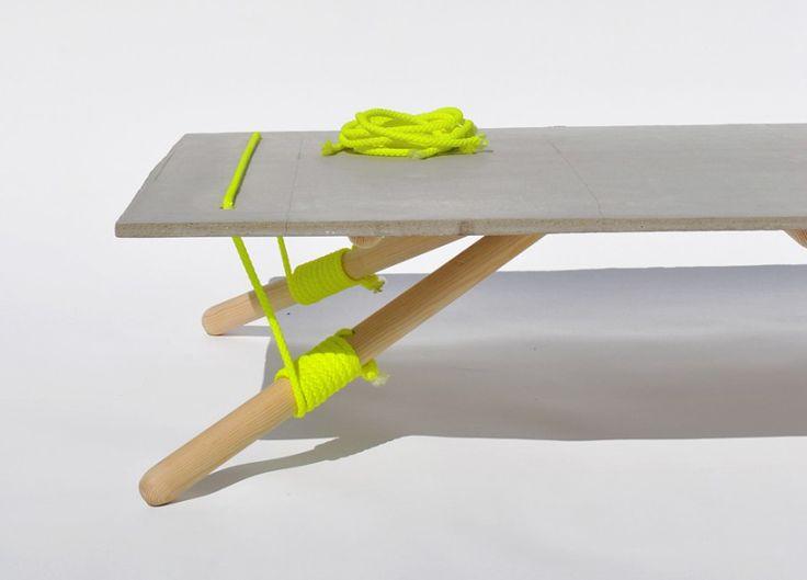 Line Up Table By Florian Schulz + Konstantinos Pamporis