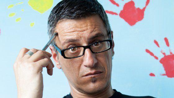 """L'autore è Massimo Roscia, scrittore che si definisce """"un artigiano delle…"""