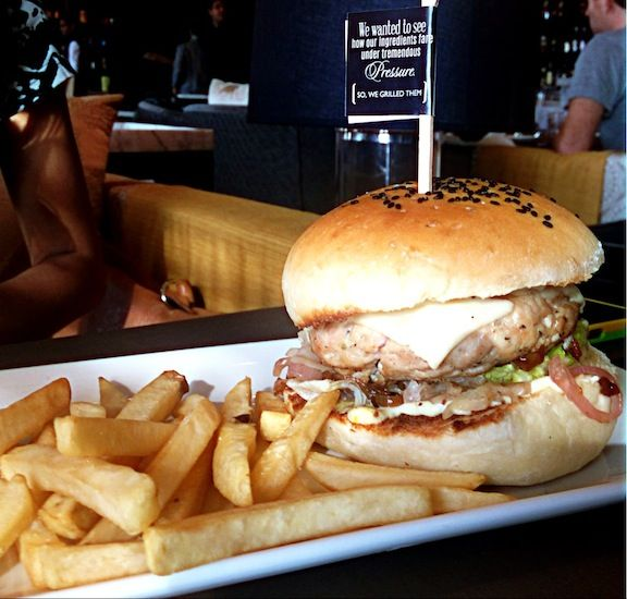 Peppered Chicken & Cheese Burger @ Long & Short, the Gastrobar Image Courtesy: One Soul Life