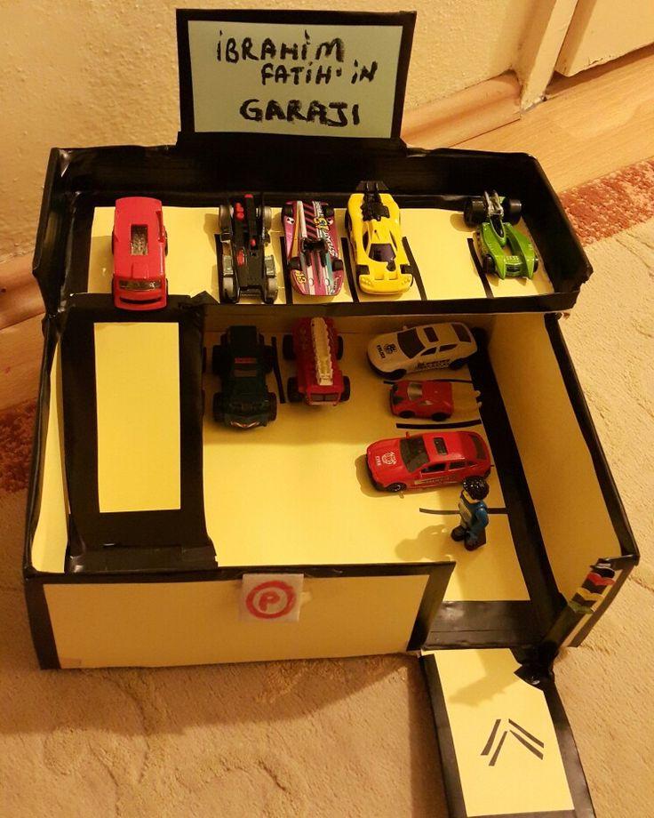 Bitmis hali;) karton kutudan araba garajı