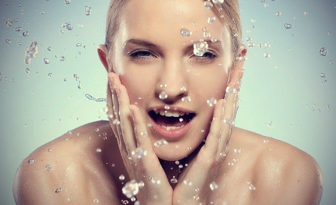 Penyebab,tips mengatasi muka berminyak,pelembab wajah berminyak,menghindari wajah berminyak,artikel,pearawatan dan mengatasi,berminyak dan kusam,berminyak dan berjerawat,pada pria,