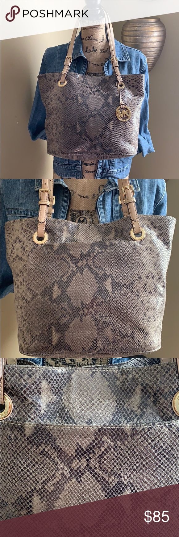 ✨👜✨Micheal Kors Phyton Leather Shoulder Tote Bag Good used condition some…
