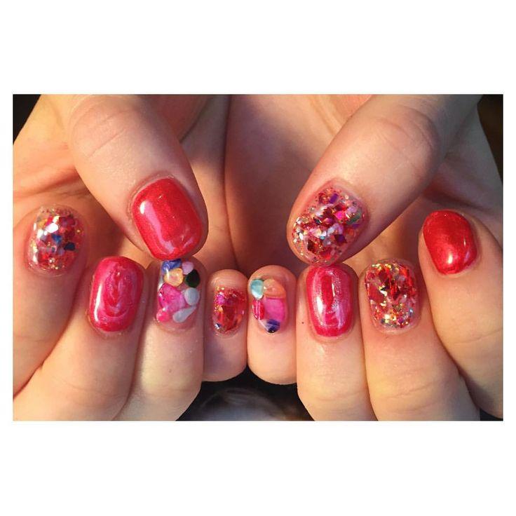いいね!718件、コメント1件 ― NavyHouseさん(@navyhouse.nail)のInstagramアカウント: 「美味しそうな赤とのオーダーでした✨ いつもありがとうございます #nails #nail #nailart #art #artwork #ネイル #ネイルアート#ジェルネイル…」