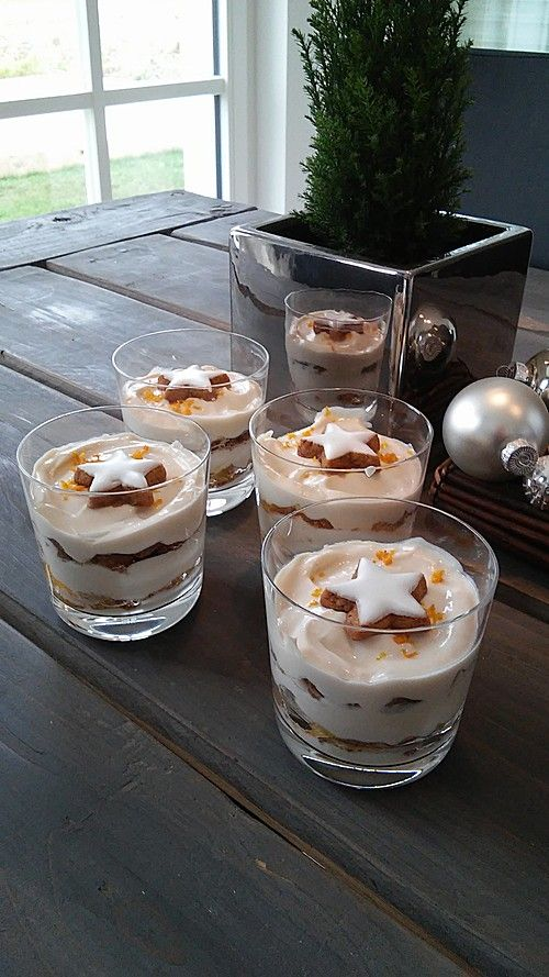 Mascarponecreme mit Zimtsternen, ein sehr leckeres Rezept aus der Kategorie Dessert. Bewertungen: 97. Durchschnitt: Ø 4,6.