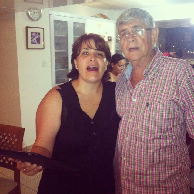 haaaaaaaaaaa cantado con Valentina y el viejo Edgar